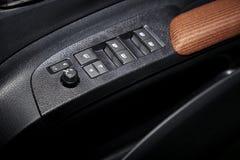 车窗控制和细节 免版税库存照片