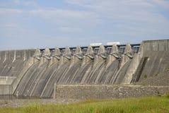 车落基印第安人的县水坝杰斐逊・田&# 库存照片