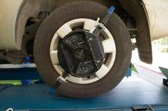 车轮调整机器 免版税库存照片