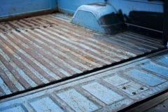 车铁锈(卡车车辆后档板和箱子) 库存照片