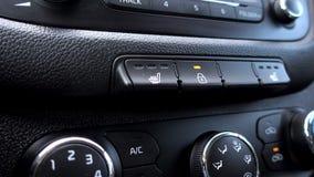 车门锁 按按钮车门结束 手 4K 影视素材