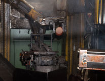 车间-金属压力机 免版税图库摄影
