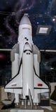 轨道太空飞船的生产模型 免版税库存照片