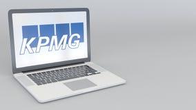 转动的开头和闭合值的膝上型计算机有毕马威商标的 计算机科技概念性社论4K夹子 库存例证