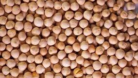 转动的未加工的鸡豆豆,素食主义者健康营养 股票录像