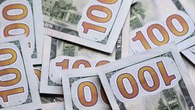 转动转动的表面上的一百元钞票特写镜头  影视素材
