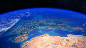 转动过去欧洲和北非的行星地球 库存照片