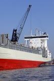 货轮在港口 免版税图库摄影
