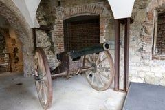 轮子用于坦克的轨道 免版税库存照片