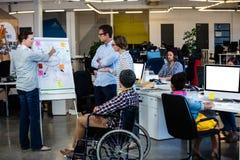 轮椅的设计师 免版税库存照片