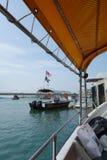轮渡乘驾在哥打巴鲁,马来西亚 免版税库存图片