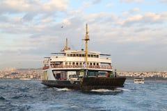 轮渡在伊斯坦布尔 免版税库存图片