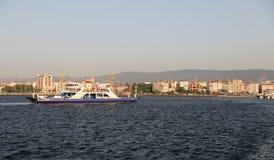 轮渡在Canakkale 免版税库存图片