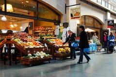 轮渡大厦水果市场 免版税库存图片