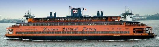 轮渡海岛新的曼哈顿staten到约克 库存照片