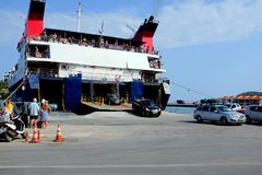轮渡,斯基亚索斯岛,希腊 免版税库存图片