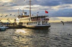轮渡Kadikoy码头 库存图片