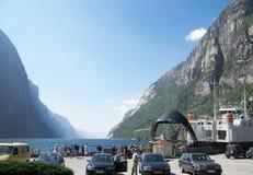 轮渡lysefjord挪威端口 库存照片