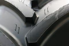 轮胎拖拉机 免版税库存照片