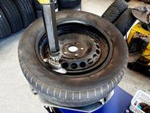 轮胎更换者机器 库存照片
