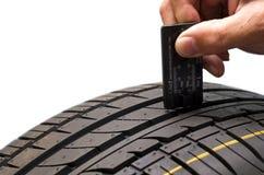 轮胎测量 免版税库存图片