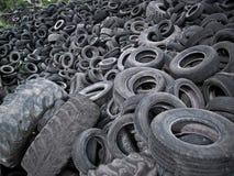 轮胎浪费 免版税库存照片