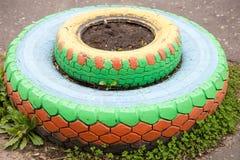 轮胎花床  免版税图库摄影