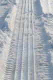 轮胎落后冬天 免版税库存照片
