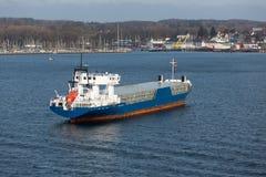货轮鸟瞰图在港口基尔,德国 免版税库存照片