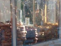 软的椒盐脆饼待售,布耐恩特公园的,中间地区,曼哈顿, NYC, NY,美国冬天村庄品种  库存图片