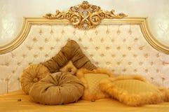 软美丽的枕头 免版税库存照片