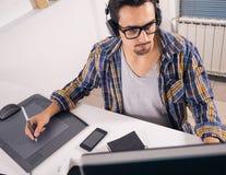 年轻软件工程师 免版税库存照片
