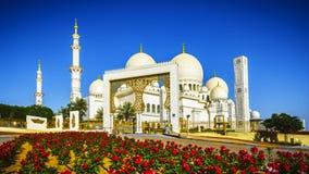 轰烈的回教族长扎耶德Grand Mosque在阿布扎比16 免版税库存图片