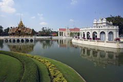 轰隆痛苦皇宫- Ayutthaya,泰国 免版税图库摄影