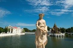 轰隆痛苦Aisawan,颐和园,泰国旅行 免版税库存图片