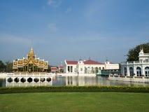 轰隆Pa在宫殿在泰国 免版税库存图片