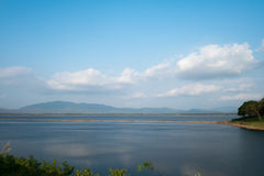 轰隆Pra水坝 库存图片
