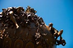 从轰鸣声的雕象 免版税库存图片