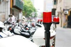 轻的摩托车警察 库存照片
