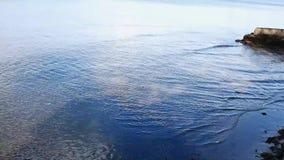 轻轻地起波纹的海水 影视素材