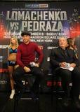 轻量级世界冠军在最后的新闻招待会期间的瓦西里Lomachenko在标题与何塞佩德拉萨的统一战斗前 免版税库存照片