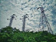 载电线电塔连通性 免版税库存照片