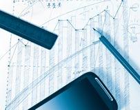 辅助部件企业铅笔统治者smartphone 免版税图库摄影