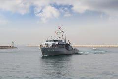 输入在阿利坎特港的军舰在西班牙 免版税图库摄影