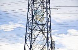 输电线定向塔的细节 免版税库存照片