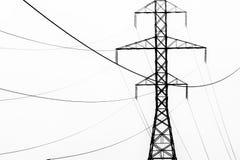 输电线摘要在黑白的 库存图片