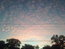 辗压天空的 库存图片