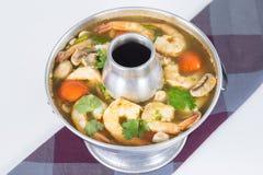 辣和酸虾汤姆  图库摄影