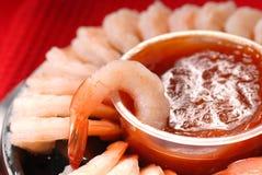 辣开胃用沙司的虾 库存图片