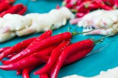 辣椒和姜在传统市场上在台湾 库存照片